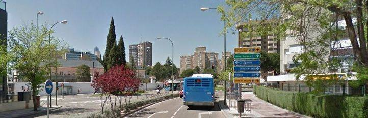 Sabanés, abierta a restituir una marquesina en la avenida de San Luis