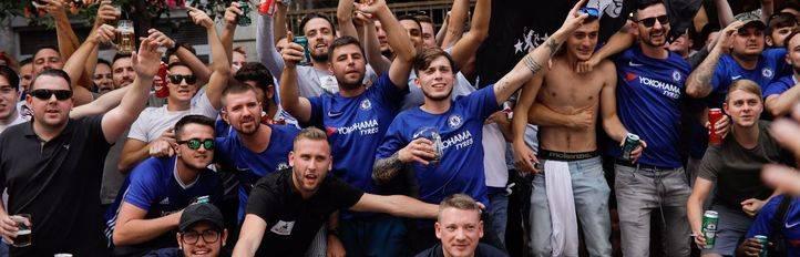 Los seguidores del Chelsea invaden Madrid