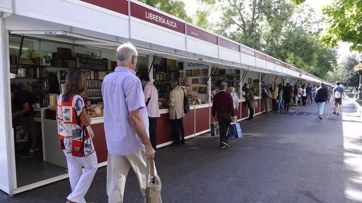 La 29ª edición de la Feria de Otoño del Libro Viejo y Antiguo de Madrid ha comenzado este jueves
