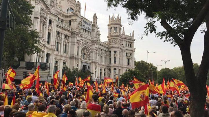 Manifestación contra el referéndum de Cataluña
