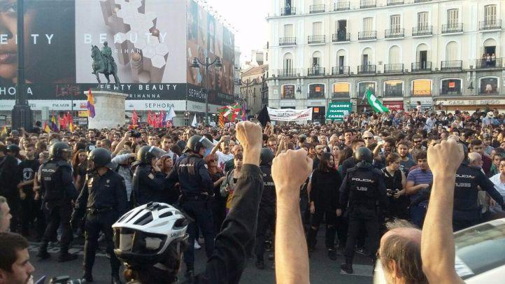 Un detenido y tres heridos en la manifestación de Sol