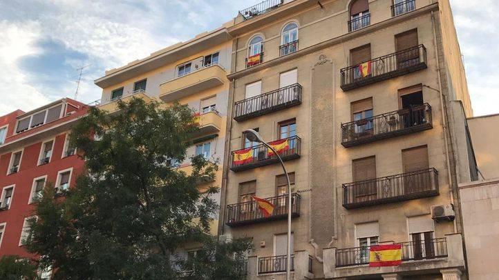 Banderas españolas en los balcones