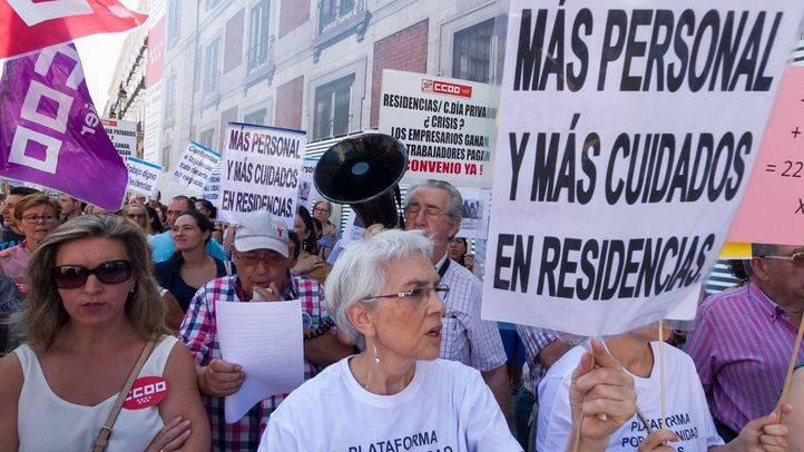 Foto de archivo de una manifestación contra las condiciones de algunas residencias.