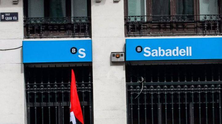 Sabadell traslada finalmente su domicilio social a Alicante