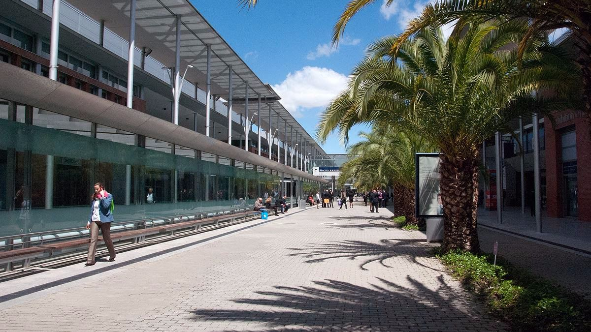 Ifema adjudica a sacyr industrial la climatizaci n por - Oficinas real madrid ...
