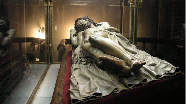 Imagen del Santísimo Cristo Yacente de EL Pardo, talla del siglo XVII de Gregorio Fernández.