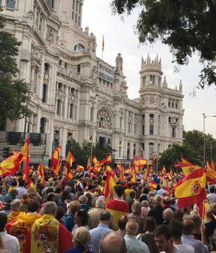 Madrid, concentrada y dividida por Cataluña