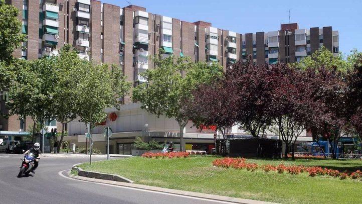 Plaza del Encuentro en el distrito de Moratalaz, una de las plazas sometidas a la consulta.