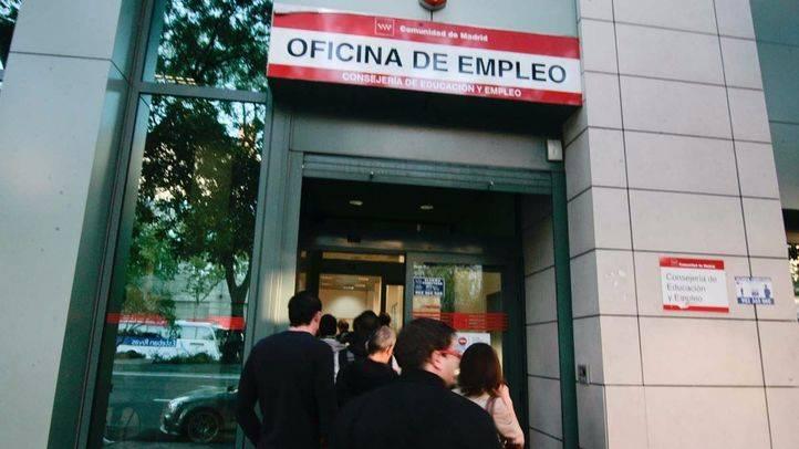 Madrid apuesta por la reinserción laboral de los desempleados crónicos