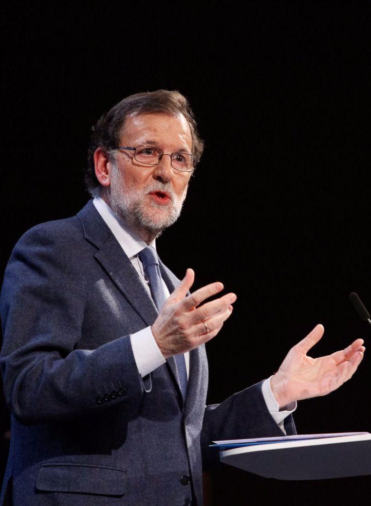 Rajoy anuncia medidas urgentes y busca el mayor consenso