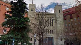 Iglesia de Nuestra Señora del Pilar en la calle Juan Bravo, 40.