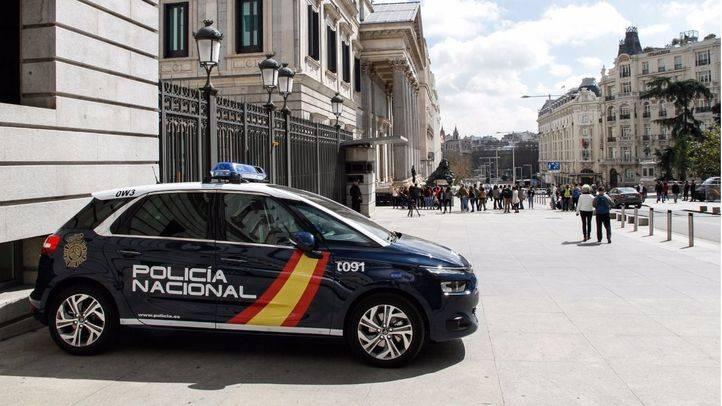 FOTO DE ARCHIVO: Policía nacional en el Congreso de los Diputados.
