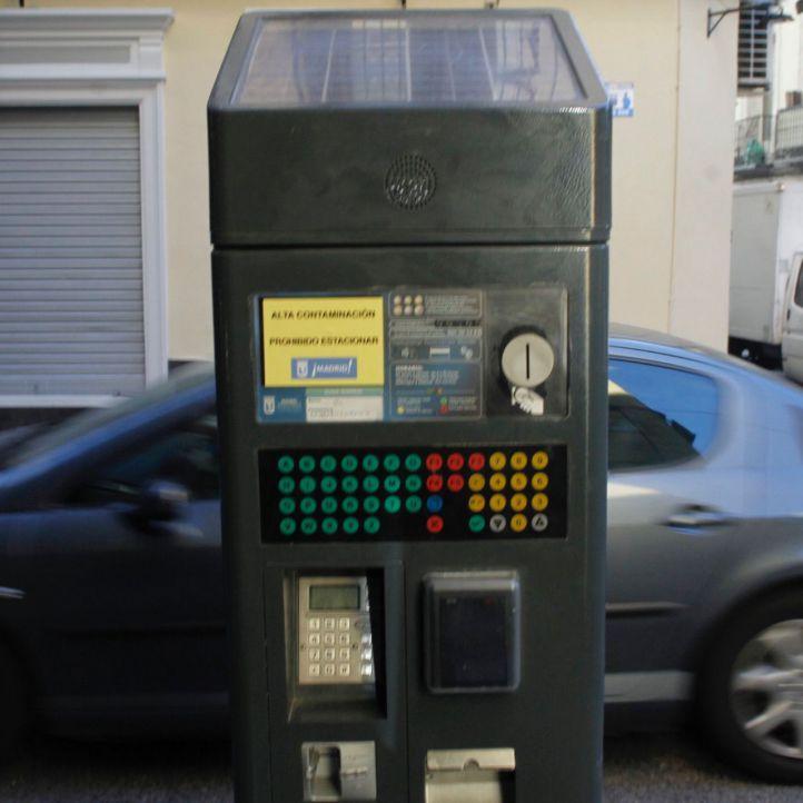 Continúa la restricción de aparcamiento en zona SER