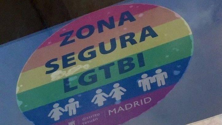 Pegatina arcoíris 'Zona Segura LGTBi'