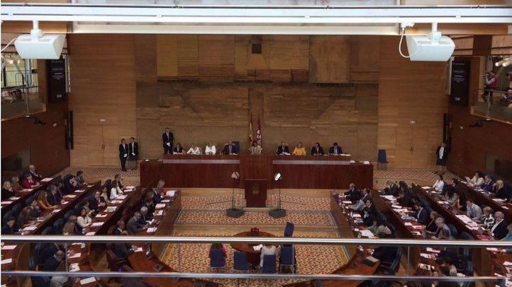 El Pleno ajusta sus cuentas con libros de texto y sueldos de policías