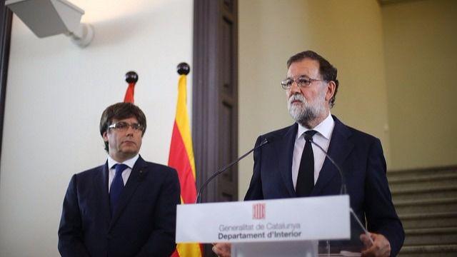 Rajoy comparece con Puigdemont (archivo)