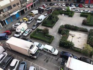 Bravo Murillo busca solución para su 'plaza sin ley'