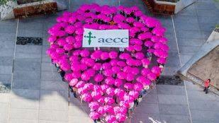 Un 'goteo rosa' inunda la región contra el cáncer de mama