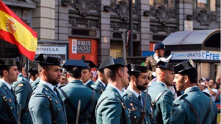La Asamblea muestra su apoyo a Policía y Guardia Civil con una iniciativa que Podemos rechaza