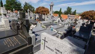 Foto de archivo de un cementerio