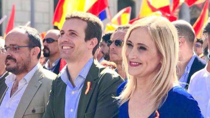 Cifuentes comparte la decisión de Rajoy de ampararse en el 155