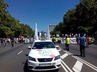 Manifestación de taxistas por el Paseo de la Castellana
