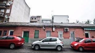 La casa de Entrevías fotografiada por Capa, de nuevo en peligro.