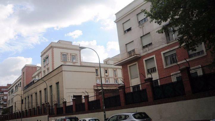 Número 50 de la calle Raimundo Fernández Villaverde.