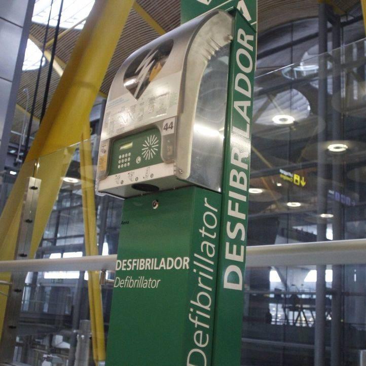 Los buses de la EMT llevarán desfibriladores portátiles