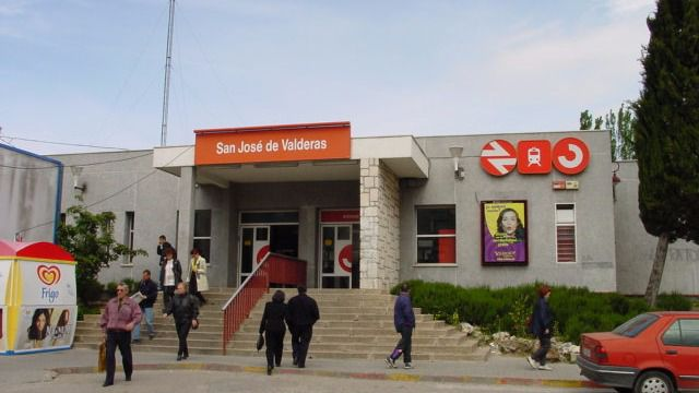 Estación de Cercanías de San José de Valderas en Alcorcón.