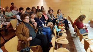 En primer término, Beatriz Carvajal, presidenta de la Fundación Casa del Actor, en el Pleno de Las Rozas