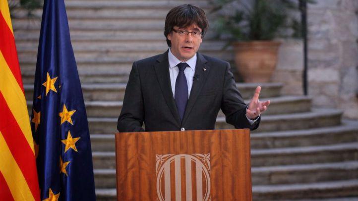 Puigdemont y cinco 'consellers' viajan a Bélgica