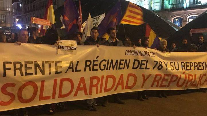 Manifestación en Sol por la libertad de los consellers encarcelados