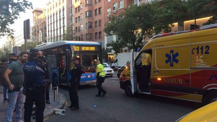 Imágenes posteriores al atropello por parte de un autobús de la EMT a una mujer de 33 años.