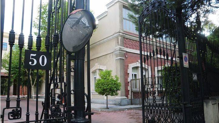 Número 50 de la calle Raimundo Fernández Villaverde. (Archivo)