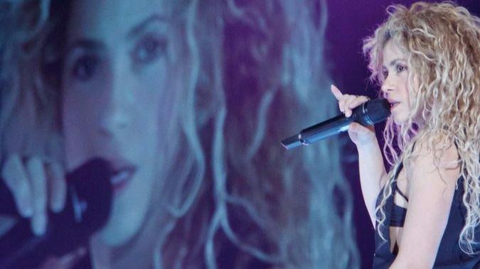 Shakira pospone su gira y no vendrá a Madrid hasta 2018