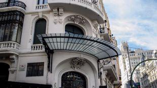 Alfonso XIII inaugura el Casino militar en Gran Vía