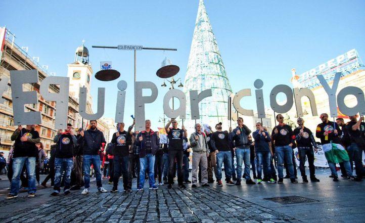 Miles de policías y guardias, unidos por la equiparación salarial