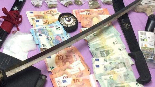 Detenidos por vender droga en una peluquería