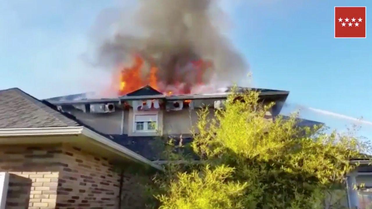 Incendio sin heridos en un chalet de Las Rozas
