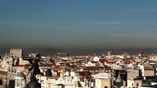 La contaminación no disminuye: continúan las restricciones
