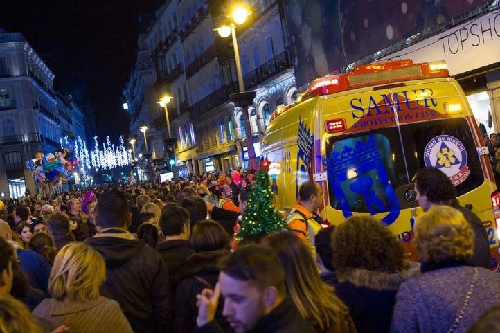 Aglomeración en la Puerta del Sol las pasadas navidades. (Archivo)