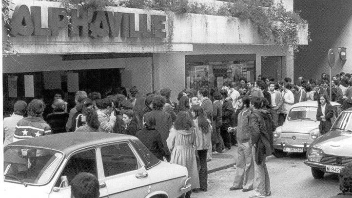 Cines Alphaville, en la actualidad Golem, en el barrio de Arguelles