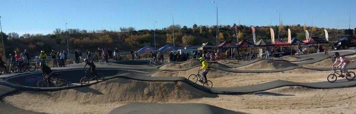 El circuito de BMX más grande de Madrid está en Barajas