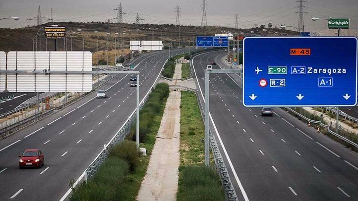 Autopista, autovia o carretera M45 a la altura de San Fernando de Henares.
