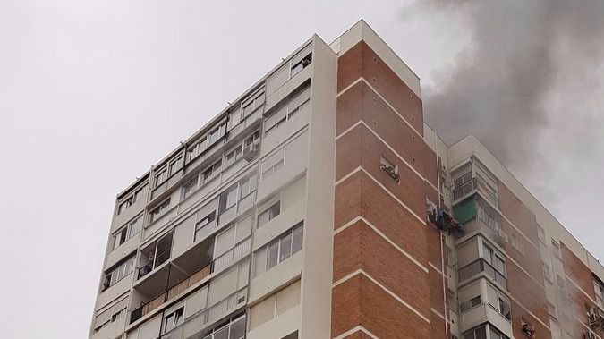 Una fallecida y 33 heridos en un incendio