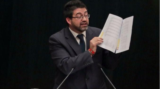 El delegado de Economía y Hacienda Carlos Sánchez Mato durante un Pleno del Ayuntamiento.