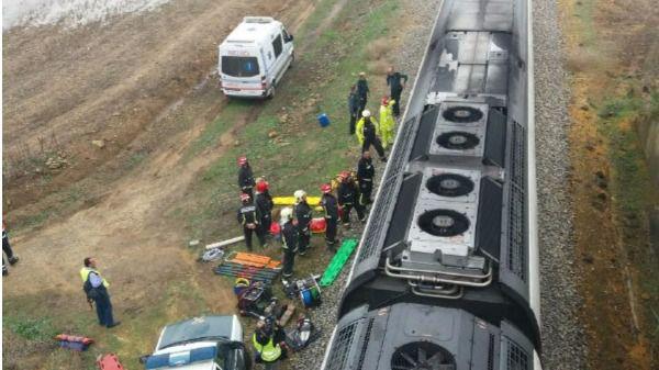 Más de 20 heridos al descarrilar un tren en Sevilla
