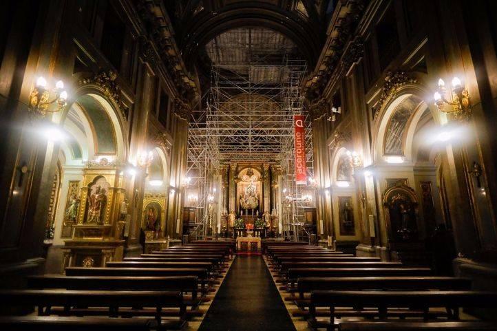La parroquia mantiene su uso religioso pese a las obras.