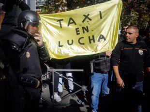 Los taxistas rechazan una huelga indefinida